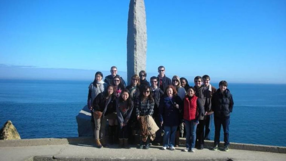 Princeton Army ROTC Cadets, Lieutenant Colonel Knight, History Department Students, and trip benefactor, Mr. John Hurley and his son Ted, at the U.S. Army Ranger Memorial at Pointe Du Hoc.